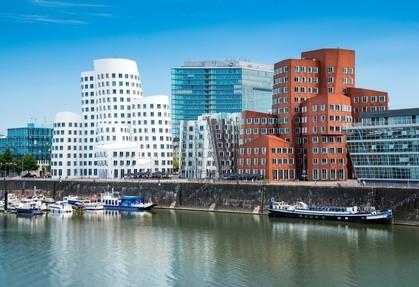 Medienhafen - Gehry-Bauten (c) Davis - fotolia.com