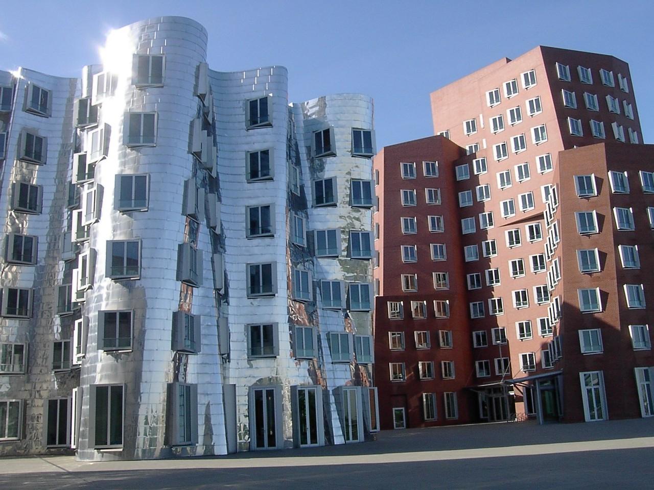 Gehry-Bauten im Medienhafen (c) Alfred Wolff