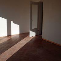 Besenreine Übergabe einer Wohnung bereit für die Renovation