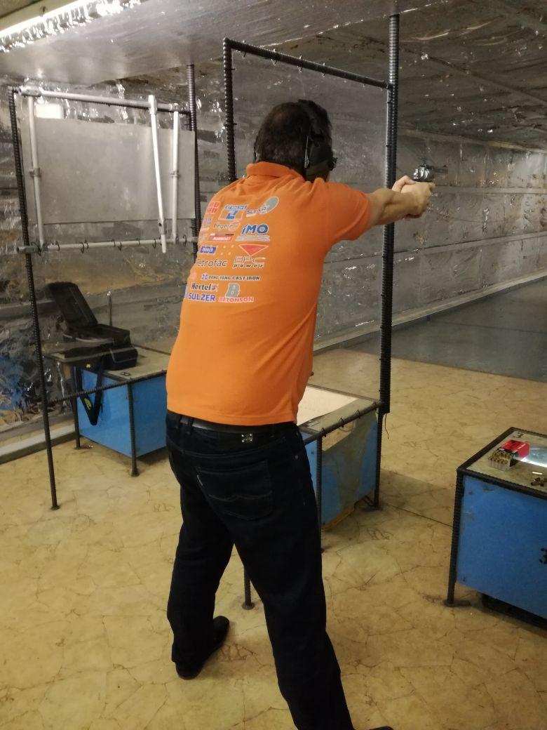 ... und nochmal mit Kurzwaffe