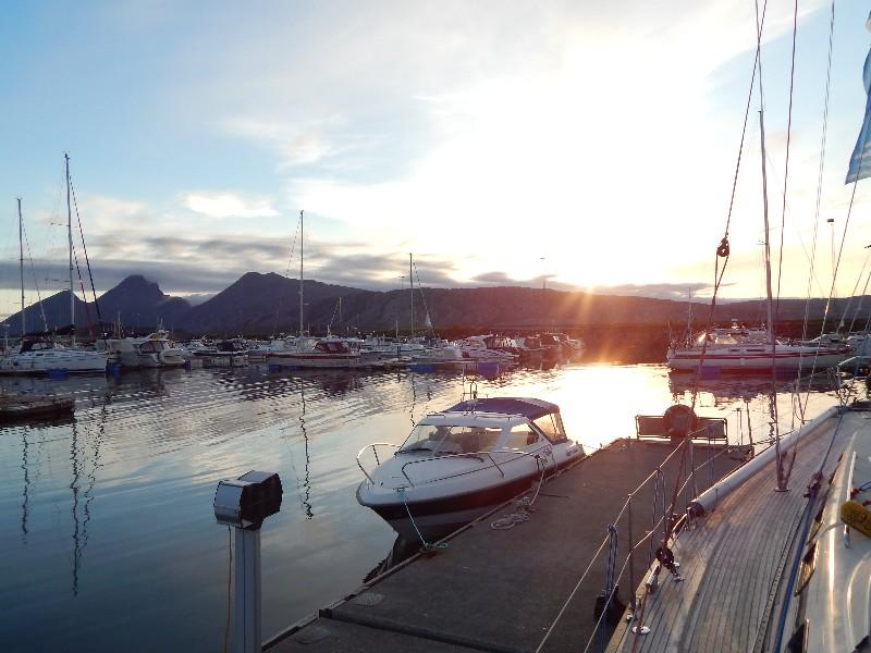 Sonnenuntergang in Sandnessjøen