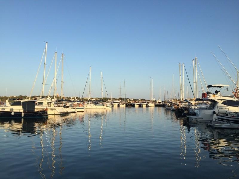 Hafen von Porto Colom