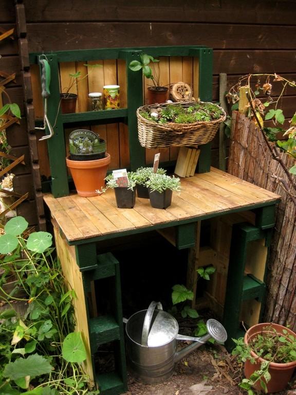 pflanztisch aus einwegpaletten mein kleinod. Black Bedroom Furniture Sets. Home Design Ideas