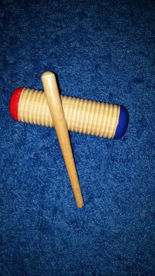 Nikolausgeschenk von mir für jedes Kind: Guiro (Musikinstrument)
