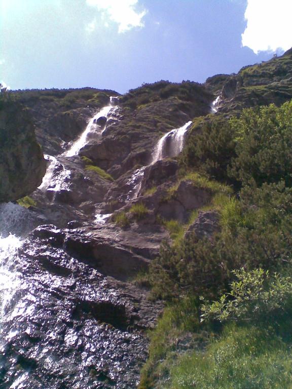 Frisches Quellwasser im Riedingtal