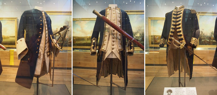 海尉、艦長、提督の18世紀当時の制服の写真