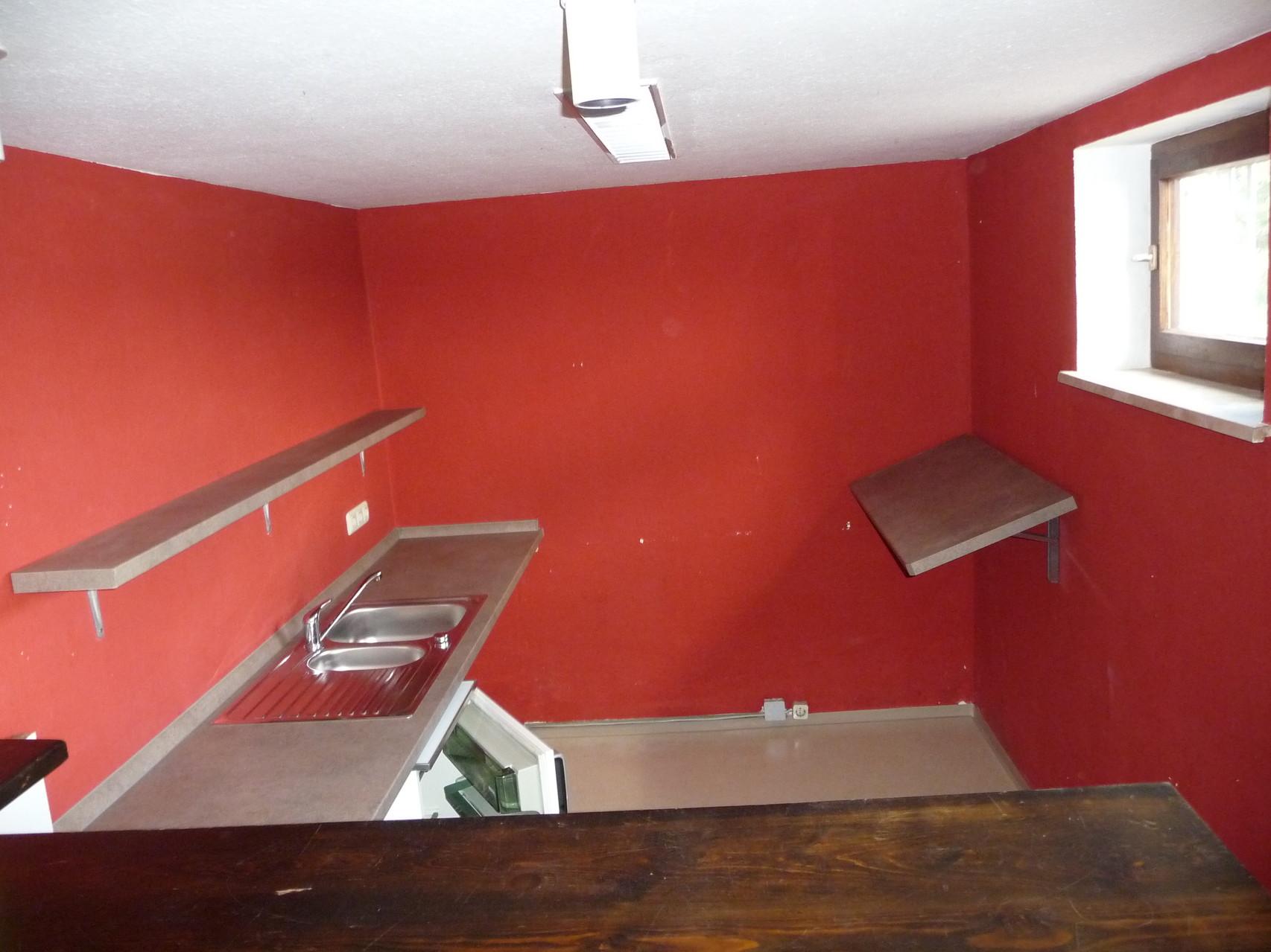 Küchenzeile im Gruppenraum Keller