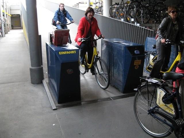 ミュンスター市の自転車風景です