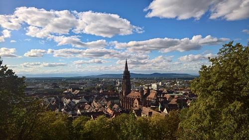 ドイツ・フライブルク市の美しい街並み