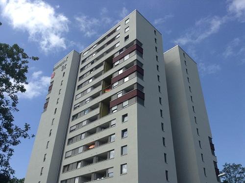 フライブルク市の団地の再生は、ヴァインガルテン住宅地を中心に進めています、写真は改修後