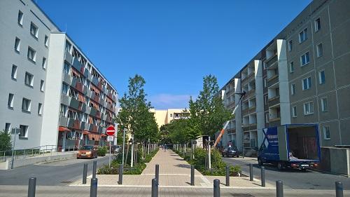 ポツダム市のドレーヴィッツでは、旧東ドイツ時代のプラッテンバウを安価に、デザイン良く改修