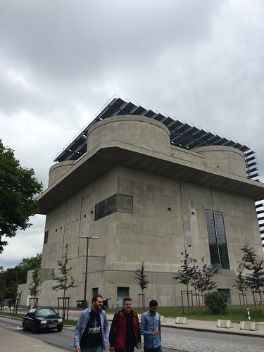 ハンブルク市の大戦中に使用したトーチカは、エネルギーセンターに改修