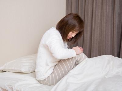 寝ていると膝や太ももが痛くなる