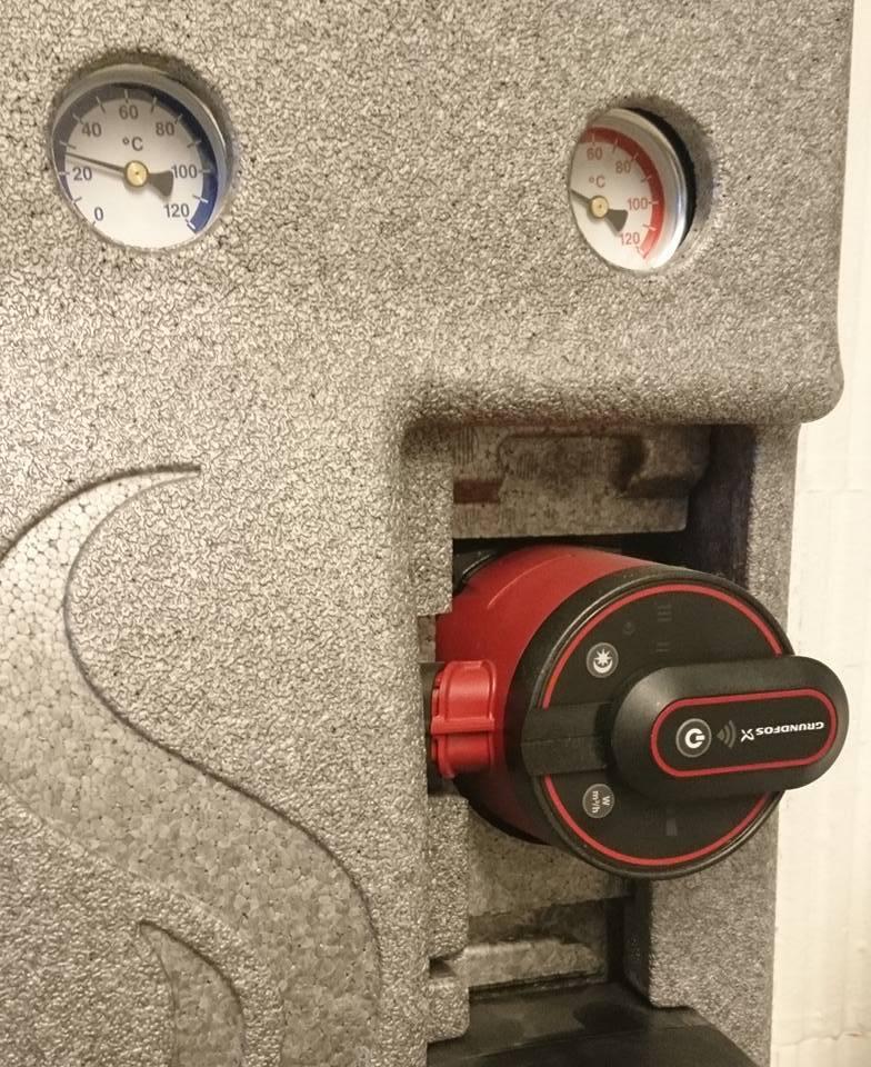 gas wasser sch ne b der roos haustechniks webseite. Black Bedroom Furniture Sets. Home Design Ideas