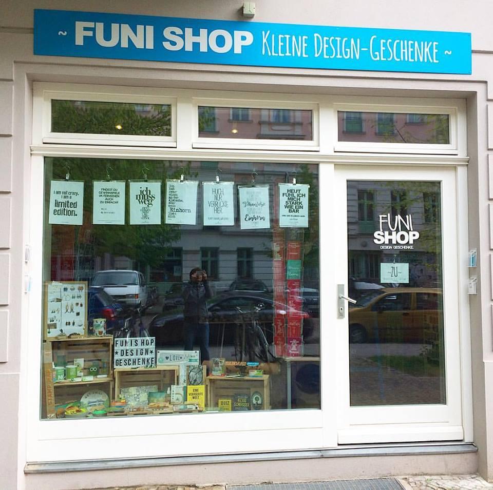 FUNI SHOP, Rykestraße 16, 10405 Berlin, Prenzlauer Berg. Jetzt mit Firmenschild ;)