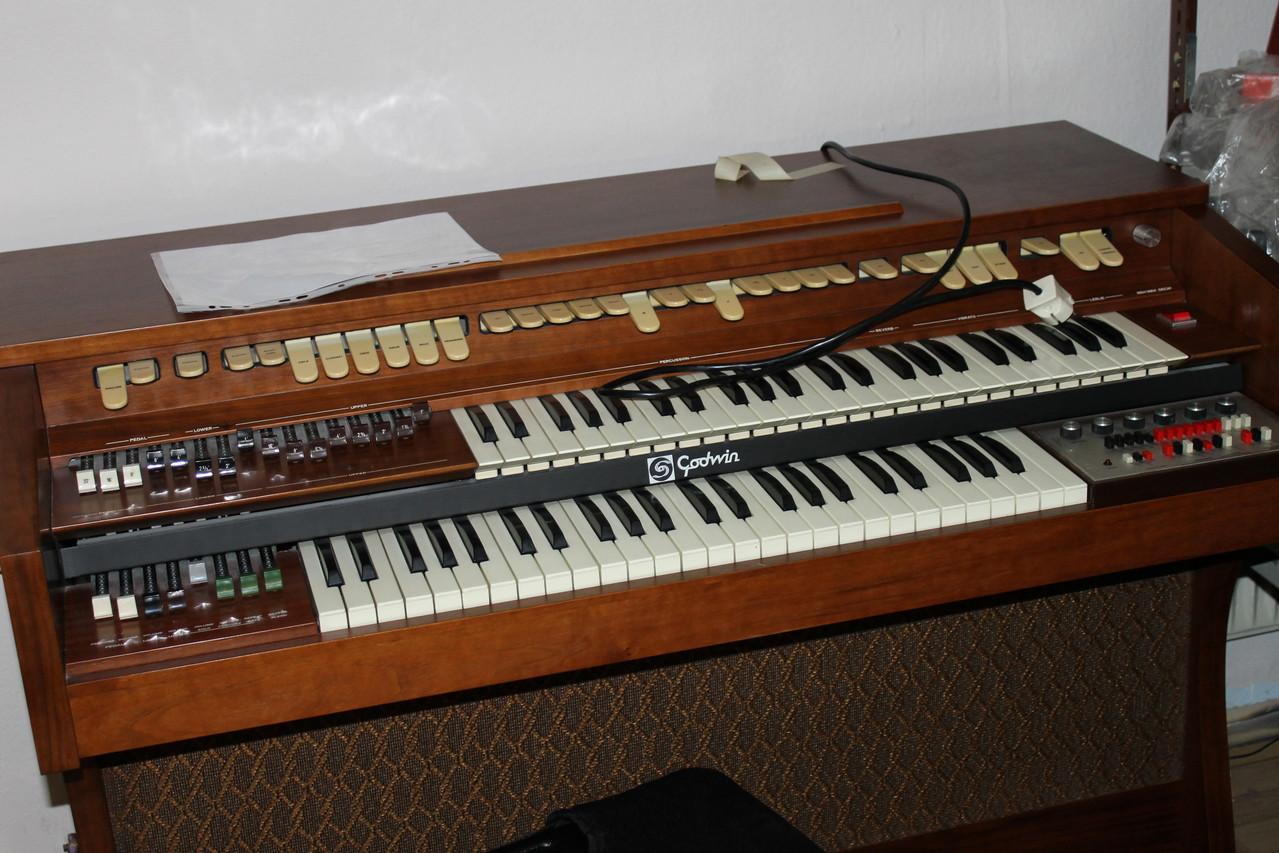Orgel-Reparatur