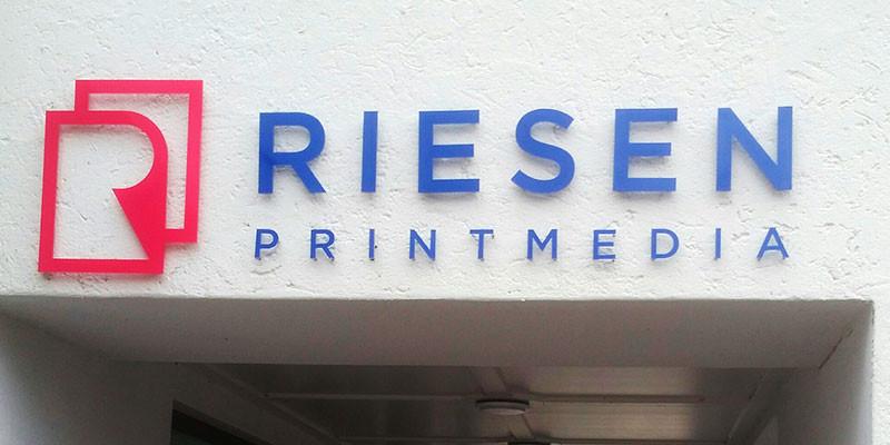 Fassaden 3D Buchstaben aus Acrylglas