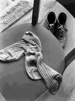 Manfred Paul (*1942) - Socken, Berlin 1985 - Gelatin silver Printed 1985 - 20x24 (30x40) cm - © Manfred Paul