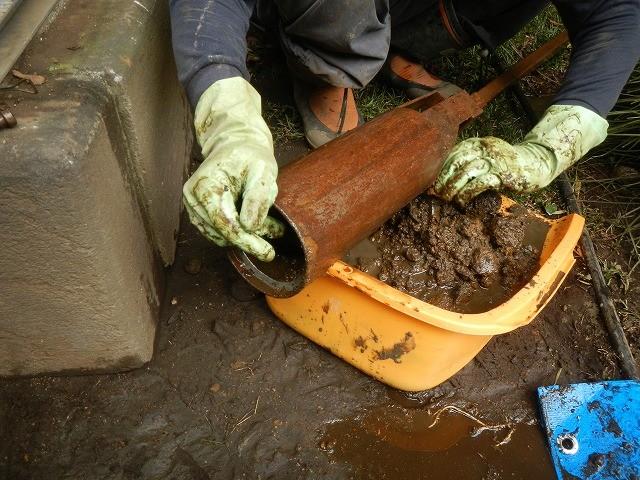 井戸清掃、井戸さらい、井戸の土砂取り