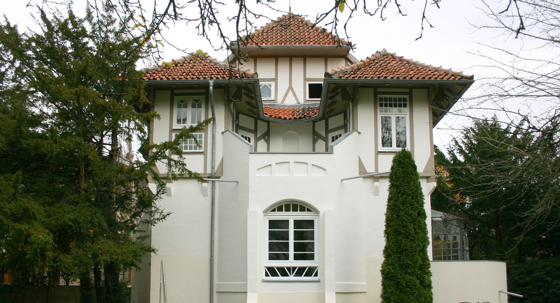 Preisgekrönte Stuck- und Putzfassade; Anstrich mit KEIM Granital-System
