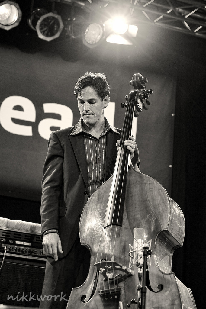 Marialy Pacheco Trio (Andrew Shaw)