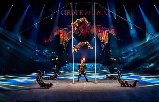 cirques paris noel 2018 CIRQUE PHENIX 2018 le Roi des Singes   Offres GROUPE NOEL cirques paris noel 2018