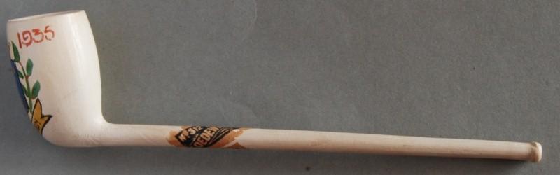 Cat 312 Doetel, speciale uitvoering met wapen van Leeuwarden , tekst LEEUWARDEN en jaartallen 1435 1935. Gemaakt ter gelegenheid van het 500 jarig bestaan. In 1435 werden Leeuwarden, Oldenhove en de Hoek samengevoegd en kreeg de stad stadsrechten
