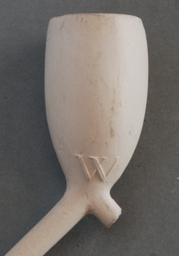 Cat nr 23, Middelkop DW, 21 Duimer. Hielmerk DW. Ook iets kleinere versie modelnr 387. Lengte ca 50 cm