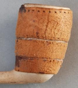Cat nr 312 Doetel (hilemerk checken !) met kurk omwikkelde ketel, en plakker v. ROSSEMs TABAK