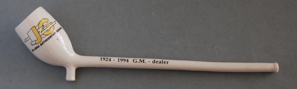 Pijpje gemaakt voor de Goudse Opel dealer door Kees Moerings uit Gouda.