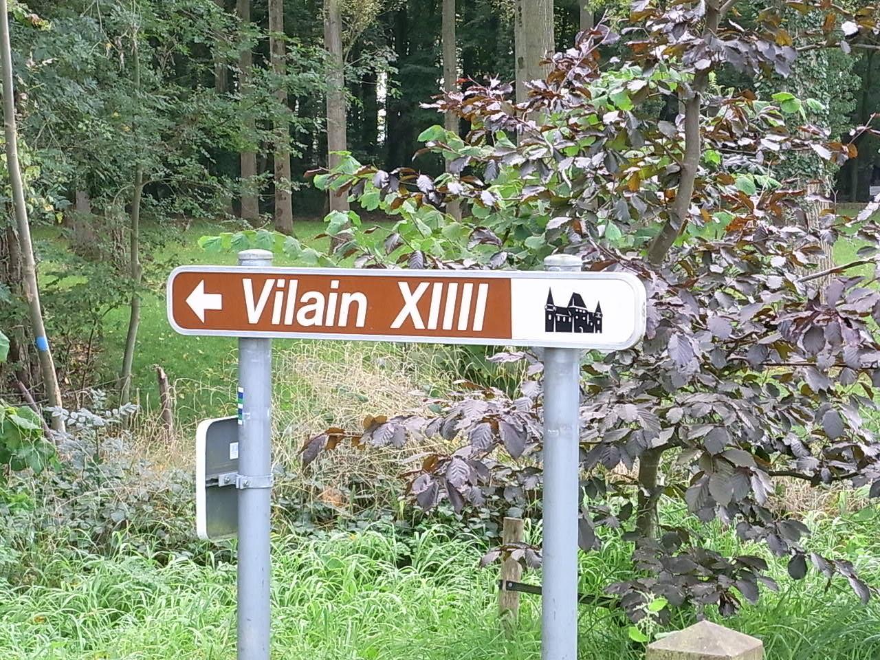 Zum Schloss Vilain XIIII (?)