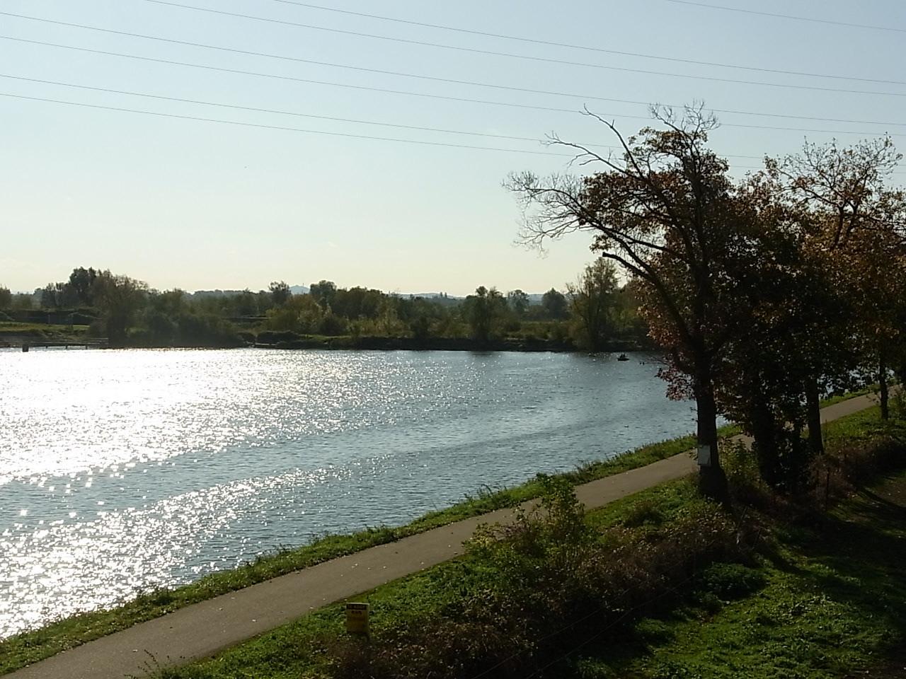 An der Maas bei Oud Rekem