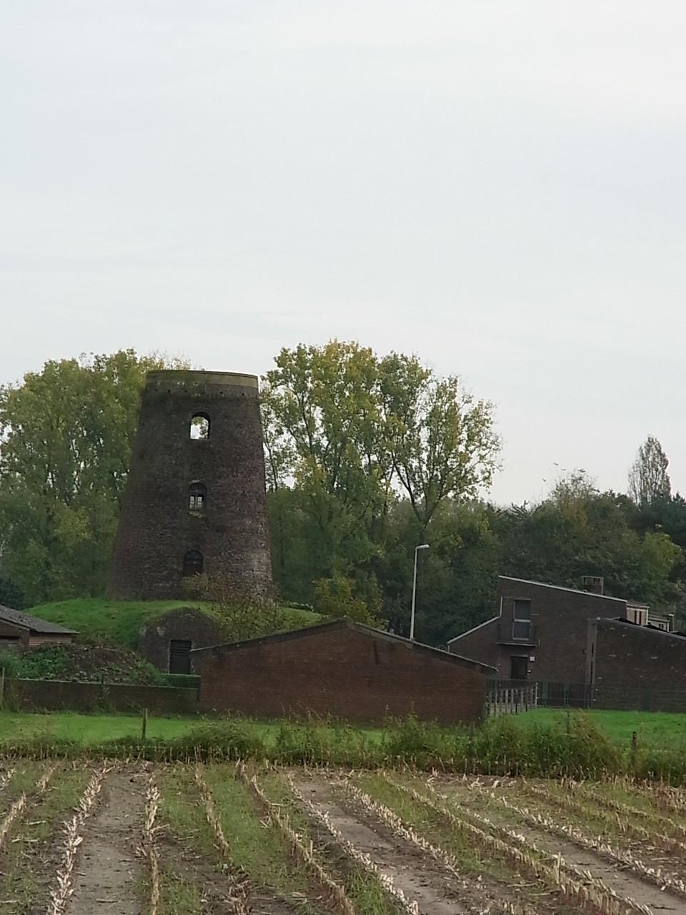 Verlassene Mühle bei Dilsen/Stokkem