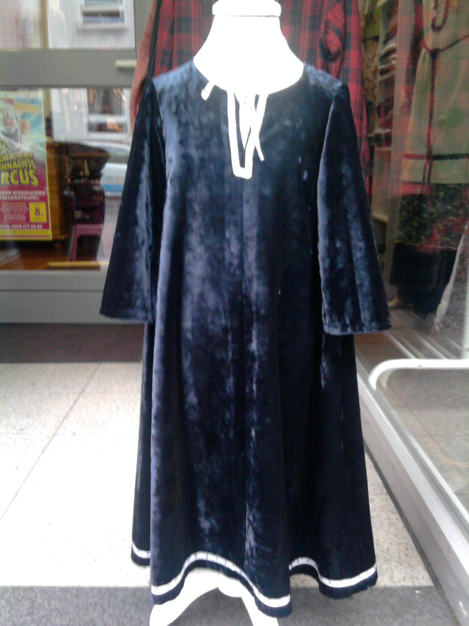 """Gewand """"Adalia"""" (11. Jh), Gr. 104, Baumwollsamt nachtblau, 20€"""