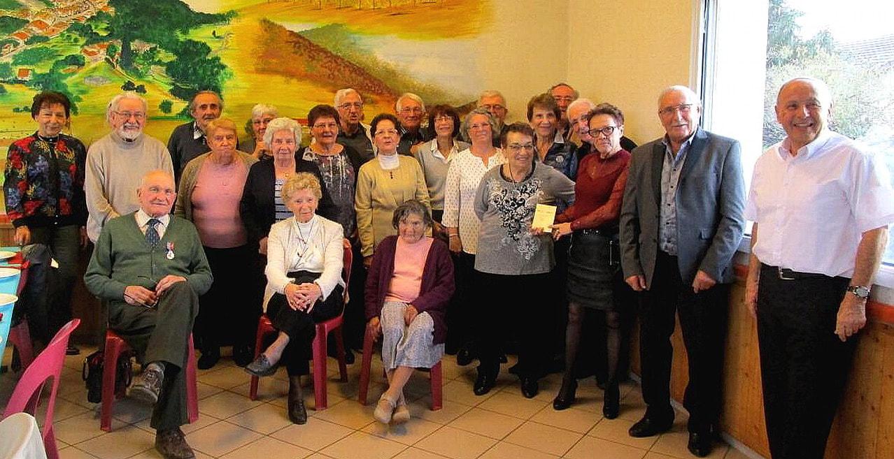 Repas des aînés, organisé par le  CCAS et la municipalité, édition 2017 - la photo de groupe