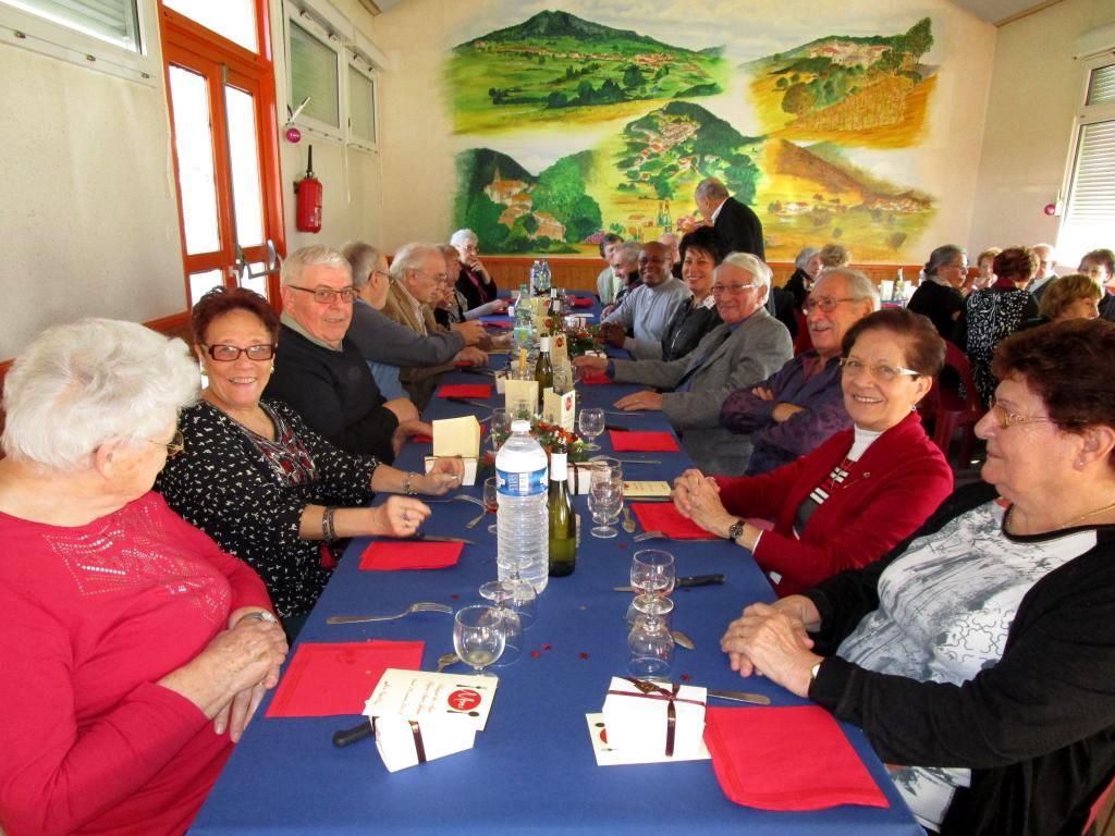 Repas des aînés, organisé par le CCAS et la municipalité, édition 2016 - les convives