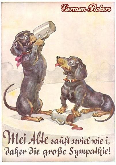 AK Zwei Dackel trinken Bier. Meine alte säuft soviel wie ich, daher die Sympathie.