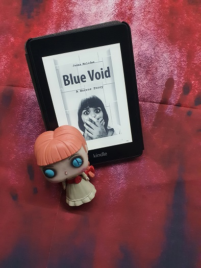 Rezension ,,Blue Void""