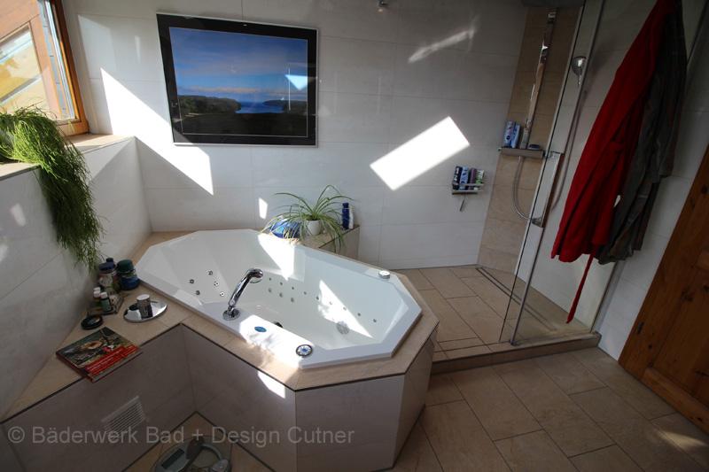Beispiele der von uns gebauten Badezimmer - Baederwerk Bad und ...
