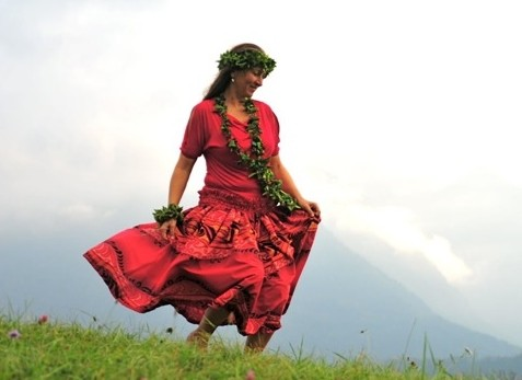 Hula, der heilige Tanz des Lebens Bild: Monja Hämmerle