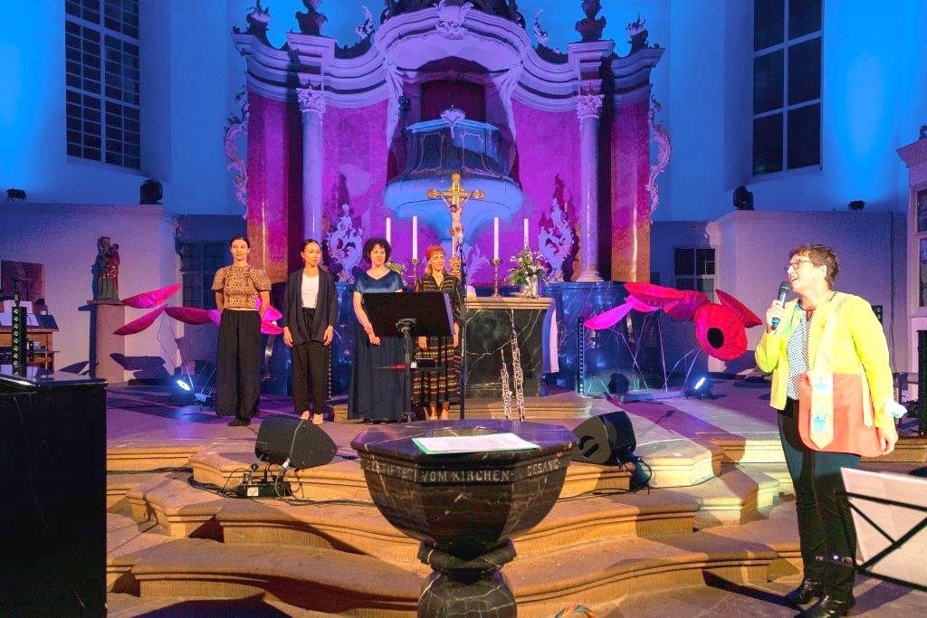 Himmlische Kunst mit Wurzeln in Lauter-Bach
