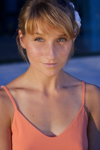 Elena G.