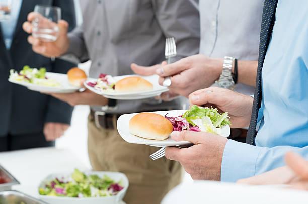 организовать питание в офисе