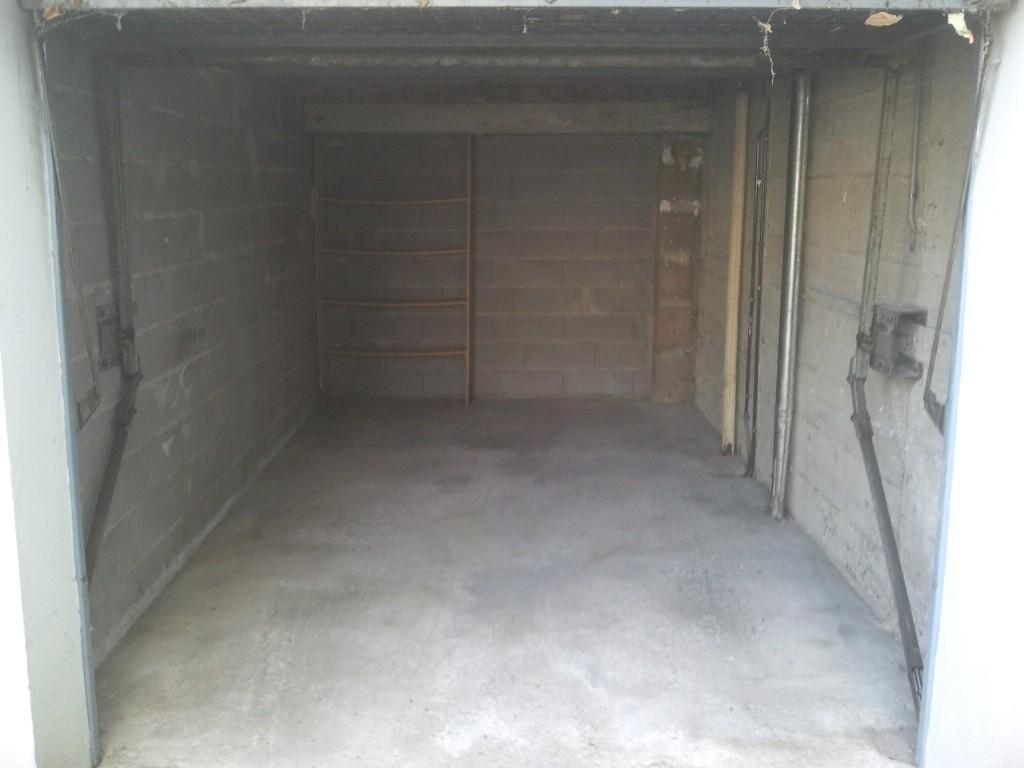débarras d'un garage à Dole, Jura, 39, APRÈS INTERVENTION....... entreprise AHLEN