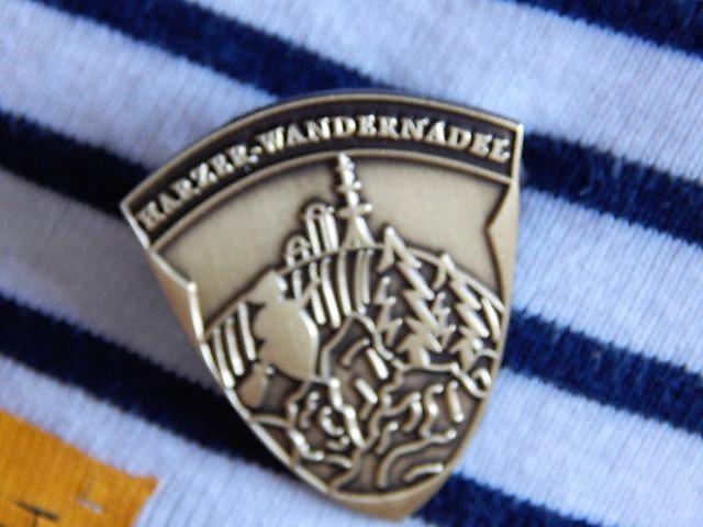 Die Bollerwagen-Zeiten sind vorbei... die Kinder haben fleißig Stempel gesammelt und sind nun stolze Besitzer der Harzer Wandernadel in Bronze... ;-)