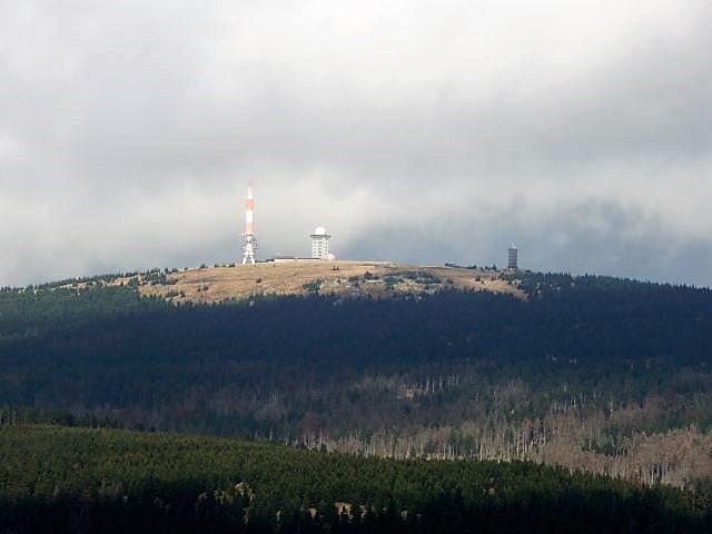 Blick vom Wurmberg auf den Brocken, auf den wir von Braunlage aus mit den Kindern das erste Mal hochgewandert sind