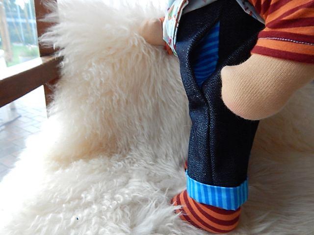 Bio-Stoffpuppe, handgemacht, Handarbeit, handgefertigt, Stoffpuppenjunge, individuelle Puppe passend zum Kind, Wunschpuppe, ökologische Kinderpuppe, Stoffpuppe für Jungen, Puppenhandwerk, Jennifer Kliem-Pärsch