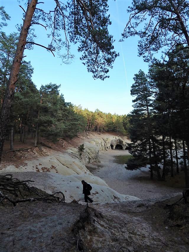 Sandsteinhöhlen bei der Burgruine Regenstein