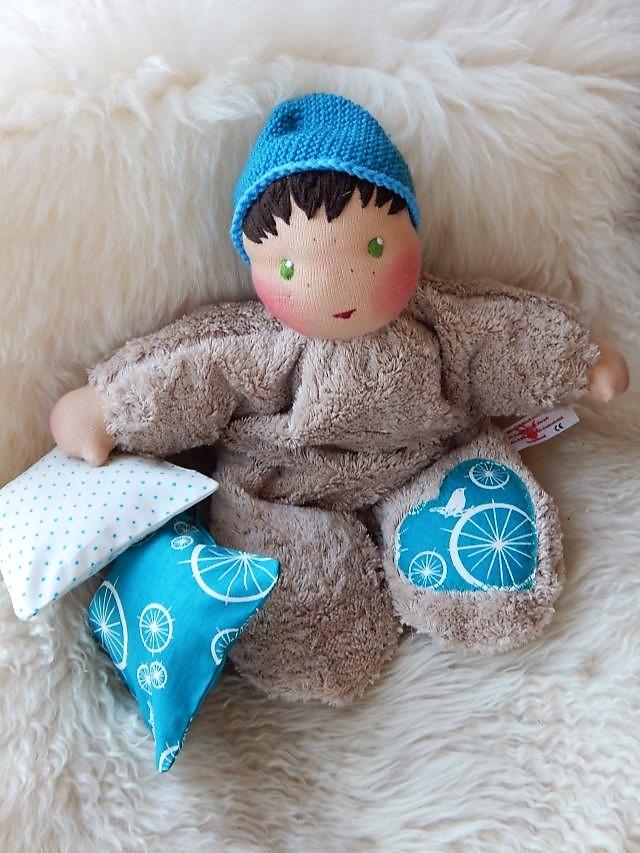 Puppenfreund für Kleinkinder, individuelle Puppe, Puppe nach Wunsch, Kuschelpuppe, erste Puppe, Erstlingspuppe, handgemachte Stoffpuppe, ökologische Kinderpuppe, Puppenhandwerk, Jennifer Kliem-Pärsch, Bio-Stoffpuppe
