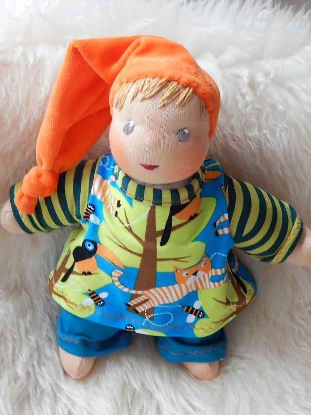Puppenfreunde, Schlamperle, erste Puppe, Kuschelpuppe, Erstlingspuppe, Bio-Stoffpuppe, handgefertigte Puppe, handgemachte Puppe, Handarbeit, ökologische Kinderpuppe, Puppe nach Wunsch, Wunschpuppe, individuelle Puppe passend zum Kind, Kleinkind,Waldorfart